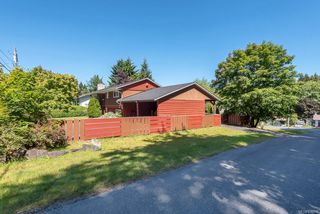 Photo 2: 6875 Glenlion Dr in : NI Port Hardy House for sale (North Island)  : MLS®# 858458