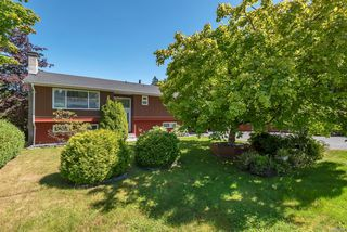 Photo 5: 6875 Glenlion Dr in : NI Port Hardy House for sale (North Island)  : MLS®# 858458