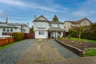 Photo 2: 26593 28 Avenue in Langley: Aldergrove Langley House for sale : MLS®# R2526387