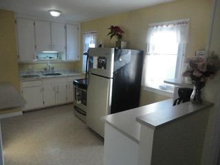 Photo 7: 443 Radford Street in WINNIPEG: North End Residential for sale (North West Winnipeg)  : MLS®# 1203955