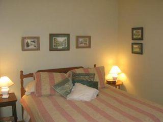 Photo 12: Elegant 4 Bedroom Bungalow