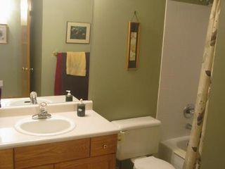 Photo 14: Elegant 4 Bedroom Bungalow