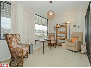 "Photo 6: 310 15313 19TH Avenue in Surrey: King George Corridor Condo for sale in ""VILLAGE TERRACE"" (South Surrey White Rock)  : MLS®# F1226109"