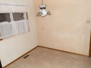 Photo 9: 42 KOWALL Bay in WINNIPEG: Maples / Tyndall Park Residential for sale (North West Winnipeg)  : MLS®# 1302658