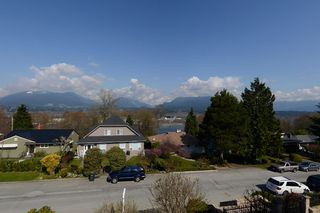 Photo 15: 4016 EDINBURGH ST in Burnaby: Vancouver Heights House for sale (Burnaby North)  : MLS®# V999211