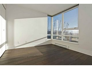 Photo 8: # 1802 928 BEATTY ST in Vancouver: Yaletown Condo for sale (Vancouver West)  : MLS®# V1039355