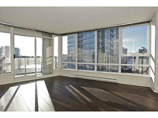 Photo 1: # 1802 928 BEATTY ST in Vancouver: Yaletown Condo for sale (Vancouver West)  : MLS®# V1039355