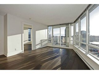 Photo 2: # 1802 928 BEATTY ST in Vancouver: Yaletown Condo for sale (Vancouver West)  : MLS®# V1039355