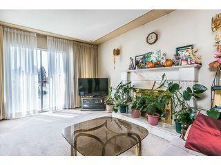 Photo 2: 2439 E 2ND AV in Vancouver: Renfrew VE House for sale (Vancouver East)  : MLS®# V1117329