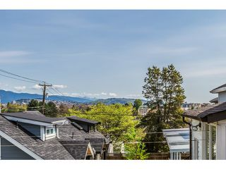 Photo 18: 2439 E 2ND AV in Vancouver: Renfrew VE House for sale (Vancouver East)  : MLS®# V1117329