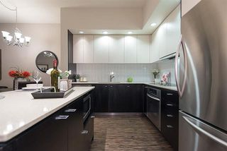 Photo 9: Vancouver West in Fairview VW: Condo for sale : MLS®# R2065861