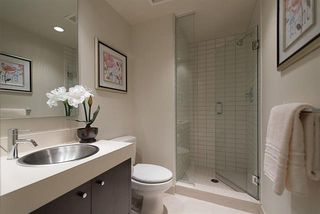 Photo 15: Vancouver West in Fairview VW: Condo for sale : MLS®# R2065861