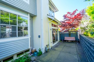 Photo 12: 2201 PORTSIDE COURT in Vancouver: Fraserview VE Townhouse for sale (Vancouver East)  : MLS®# R2163820