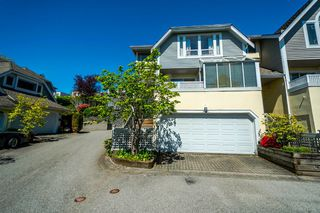 Photo 2: 2201 PORTSIDE COURT in Vancouver: Fraserview VE Townhouse for sale (Vancouver East)  : MLS®# R2163820
