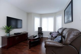 Photo 5: 2254 Westoak Trails Blvd in : 1022 - WT West Oak Trails FRH for sale (Oakville)  : MLS®# OM2055931