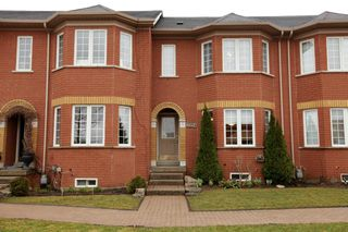 Photo 1: 2254 Westoak Trails Blvd in : 1022 - WT West Oak Trails FRH for sale (Oakville)  : MLS®# OM2055931