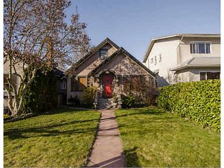 Photo 1: 327 W 19TH AVENUE in Vancouver: Cambie House for sale (Vancouver West)  : MLS®# V1054096