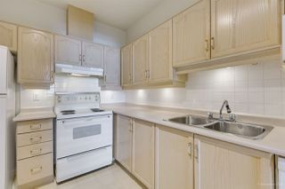 """Photo 7: 310 6740 STATION HILL Court in Burnaby: South Slope Condo for sale in """"WYNDHAM COURT"""" (Burnaby South)  : MLS®# R2393079"""