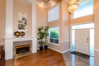 Photo 3: 9288 PAULESHIN Crescent in Richmond: Lackner House for sale : MLS®# R2394750