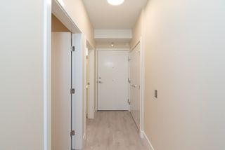 Photo 2: 302 4882 SLOCAN Street in Vancouver: Collingwood VE Condo for sale (Vancouver East)  : MLS®# R2399157