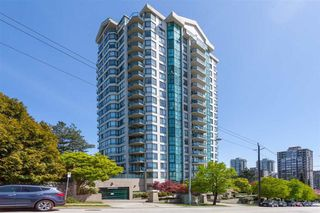 "Photo 1: 1402 121 TENTH Street in New Westminster: Uptown NW Condo for sale in ""Vista Royale"" : MLS®# R2429371"
