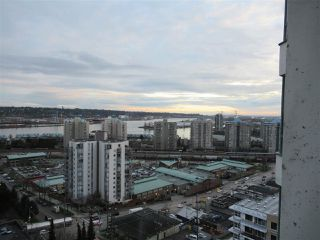 """Photo 18: 1402 121 TENTH Street in New Westminster: Uptown NW Condo for sale in """"Vista Royale"""" : MLS®# R2429371"""