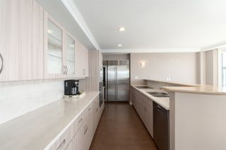 "Photo 14: 16 1861 BEACH Avenue in Vancouver: West End VW Condo for sale in ""Sylvia Tower"" (Vancouver West)  : MLS®# R2429538"