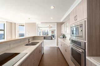 "Photo 16: 16 1861 BEACH Avenue in Vancouver: West End VW Condo for sale in ""Sylvia Tower"" (Vancouver West)  : MLS®# R2429538"