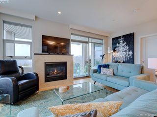 Photo 2: 303 3234 Holgate Lane in VICTORIA: Co Lagoon Condo Apartment for sale (Colwood)  : MLS®# 831596