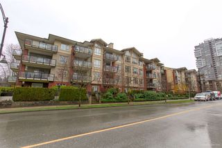 "Photo 19: 408 100 CAPILANO Road in Port Moody: Port Moody Centre Condo for sale in ""Suter Brook"" : MLS®# R2433615"