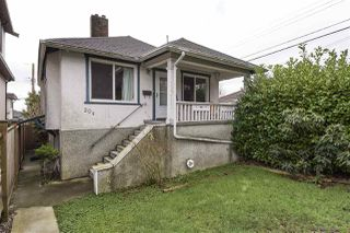 """Photo 15: 20 E 60TH Avenue in Vancouver: South Vancouver House for sale in """"SOUTH VANCOUVER"""" (Vancouver East)  : MLS®# R2434602"""