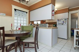 """Photo 6: 20 E 60TH Avenue in Vancouver: South Vancouver House for sale in """"SOUTH VANCOUVER"""" (Vancouver East)  : MLS®# R2434602"""