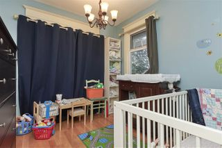 """Photo 11: 20 E 60TH Avenue in Vancouver: South Vancouver House for sale in """"SOUTH VANCOUVER"""" (Vancouver East)  : MLS®# R2434602"""