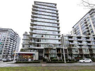 "Photo 1: 554 108 W 1ST Avenue in Vancouver: False Creek Condo for sale in ""OLYMPIC VILLAGE"" (Vancouver West)  : MLS®# R2437073"