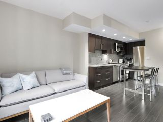 "Photo 7: 554 108 W 1ST Avenue in Vancouver: False Creek Condo for sale in ""OLYMPIC VILLAGE"" (Vancouver West)  : MLS®# R2437073"