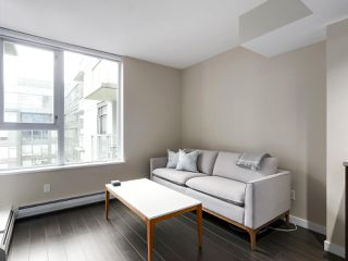 "Photo 4: 554 108 W 1ST Avenue in Vancouver: False Creek Condo for sale in ""OLYMPIC VILLAGE"" (Vancouver West)  : MLS®# R2437073"