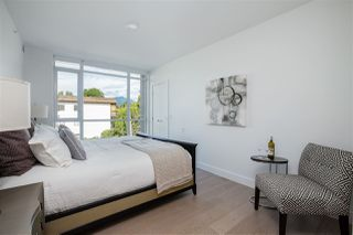 "Photo 14: 210 177 W 3RD Street in North Vancouver: Lower Lonsdale Condo for sale in ""West Third"" : MLS®# R2487439"