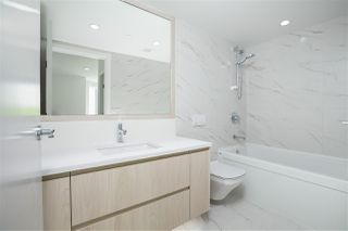 "Photo 15: 210 177 W 3RD Street in North Vancouver: Lower Lonsdale Condo for sale in ""West Third"" : MLS®# R2487439"