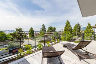 "Photo 8: 210 177 W 3RD Street in North Vancouver: Lower Lonsdale Condo for sale in ""West Third"" : MLS®# R2487439"