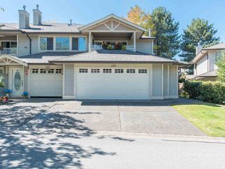 """Photo 2: 170 20391 96 Avenue in Langley: Walnut Grove Townhouse for sale in """"CHELSEA GREEN"""" : MLS®# R2494779"""