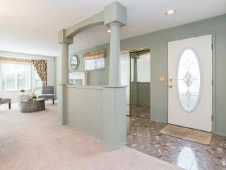 """Photo 12: 170 20391 96 Avenue in Langley: Walnut Grove Townhouse for sale in """"CHELSEA GREEN"""" : MLS®# R2494779"""