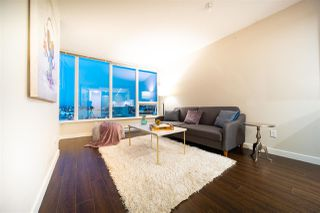 Photo 2: 1407 445 W 2ND Avenue in Vancouver: False Creek Condo for sale (Vancouver West)  : MLS®# R2508194