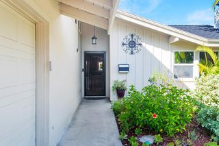 Photo 3: SAN CARLOS House for sale : 4 bedrooms : 7934 Blue Lake Dr in San Diego