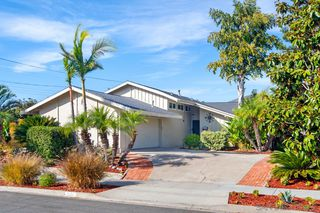 Photo 1: SAN CARLOS House for sale : 4 bedrooms : 7934 Blue Lake Dr in San Diego