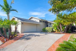 Photo 2: SAN CARLOS House for sale : 4 bedrooms : 7934 Blue Lake Dr in San Diego