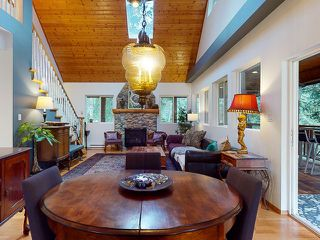 "Photo 5: 5627 CURRAN Road in Halfmoon Bay: Halfmn Bay Secret Cv Redroofs House for sale in ""CURRAN ROAD"" (Sunshine Coast)  : MLS®# R2517020"