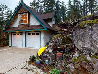 "Photo 30: 5627 CURRAN Road in Halfmoon Bay: Halfmn Bay Secret Cv Redroofs House for sale in ""CURRAN ROAD"" (Sunshine Coast)  : MLS®# R2517020"