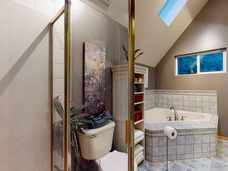 "Photo 19: 5627 CURRAN Road in Halfmoon Bay: Halfmn Bay Secret Cv Redroofs House for sale in ""CURRAN ROAD"" (Sunshine Coast)  : MLS®# R2517020"