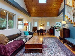 "Photo 8: 5627 CURRAN Road in Halfmoon Bay: Halfmn Bay Secret Cv Redroofs House for sale in ""CURRAN ROAD"" (Sunshine Coast)  : MLS®# R2517020"