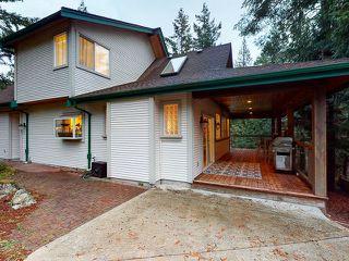 "Photo 2: 5627 CURRAN Road in Halfmoon Bay: Halfmn Bay Secret Cv Redroofs House for sale in ""CURRAN ROAD"" (Sunshine Coast)  : MLS®# R2517020"